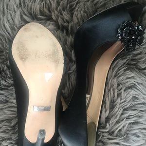 Badgley Mischka Black Jewel Heels sz 7